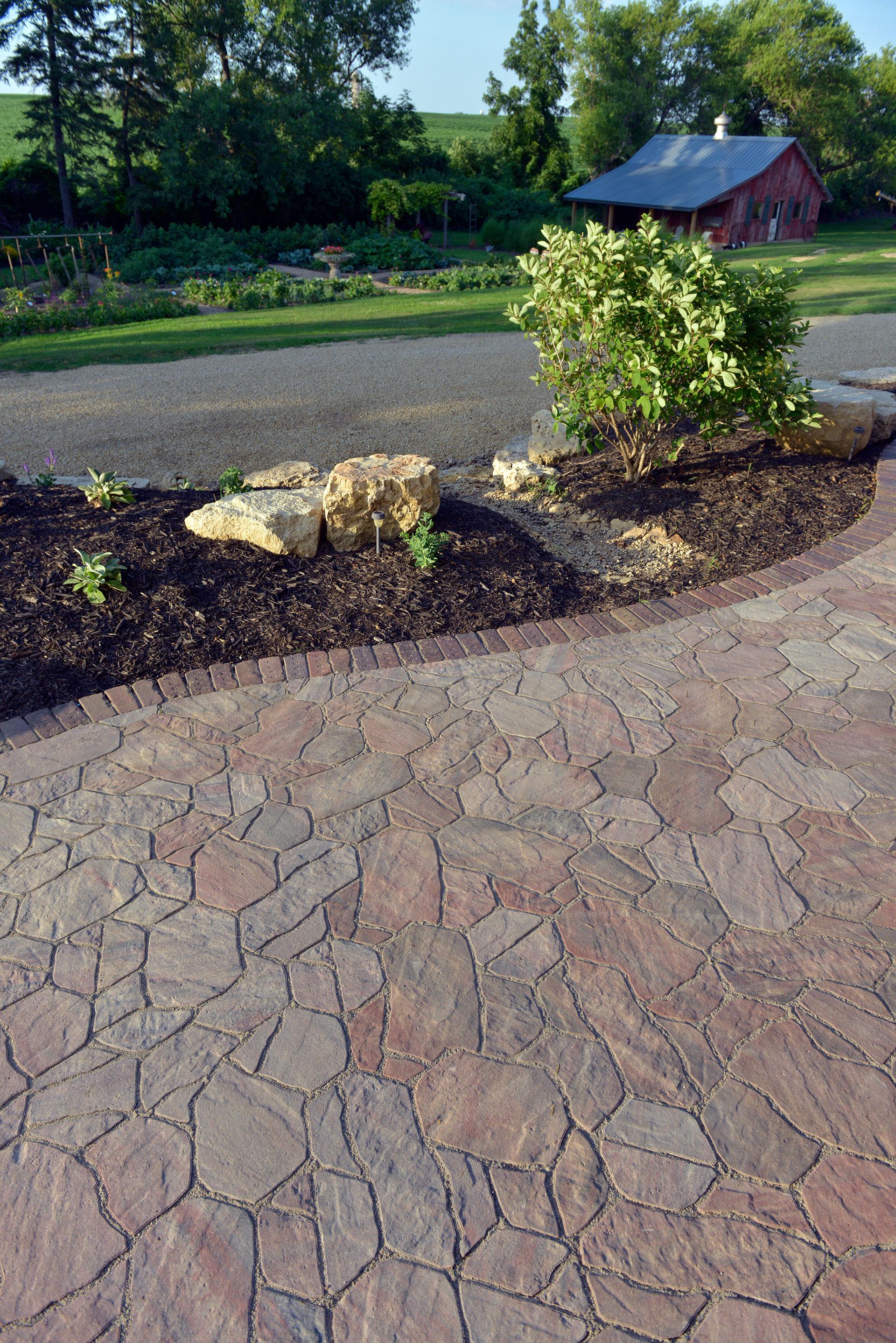 Landscaping Rocks Eau Claire Wi : Dimetta pavers?