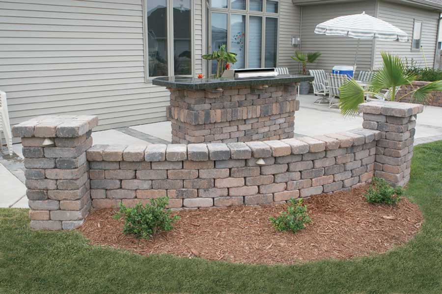 Patio Stone Walls : Summit stone landscape units