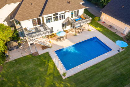Grand Discover™ Pavers and Elements™ Paving Stones Offer Elegant, Economical Paver Solution for Upscale Pool Deck