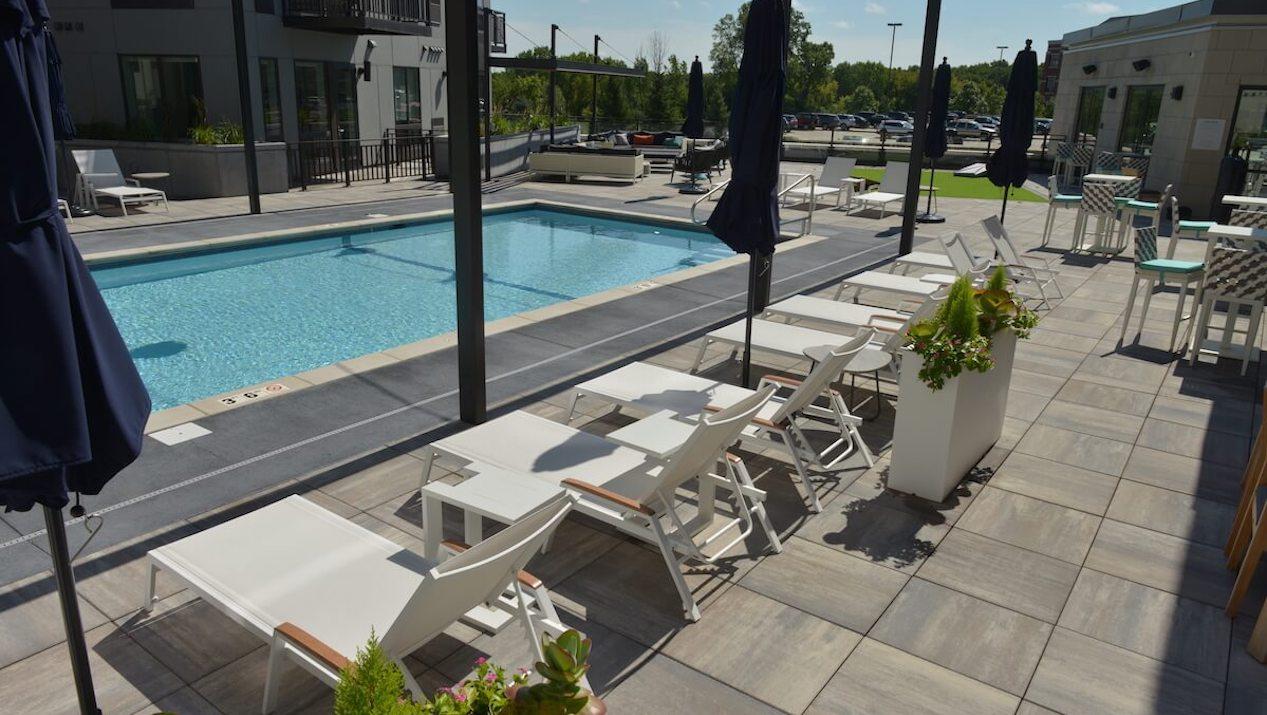 Premier 55+ Community Maximizes Tenant Experience with Skylands™ Concrete Deck Pavers