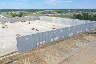 Insulated Sandwich Walls Keep Pace with Increasing Warehouse Demands in Central Indiana