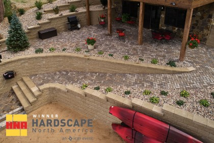 County Materials' Retaining Wall Product Wins at Hardscape North America