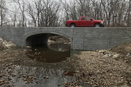 ArchCast® Precast Bridge System Accelerates Construction Schedule and Minimizes Road Closure