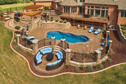 Case Study: Ambitious Landscaping Project Built with a Variety of County Materials Hardscape Products
