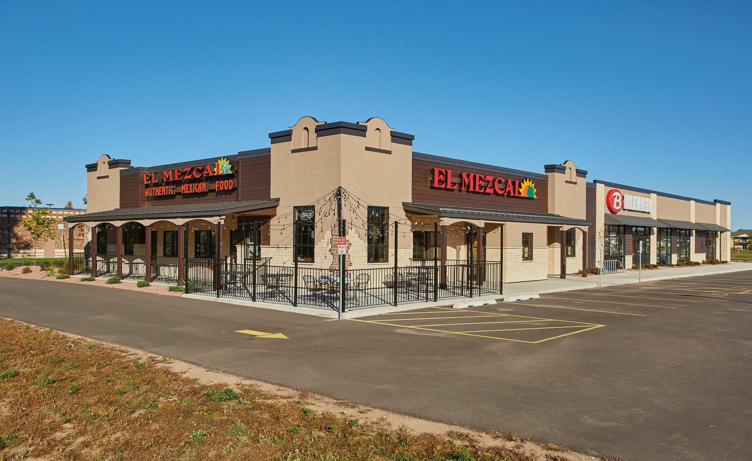 County Stone® Masonry Units Demonstrate Versatility in  Retail Center Development