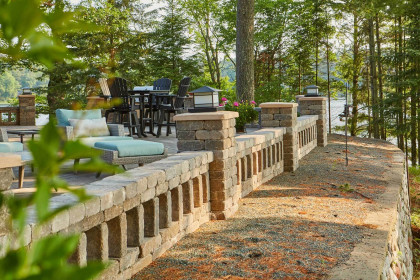 Grand Milestone® Pavers and Summit Stone® Landscape Units Maximize Views in Lakeside Deck Project