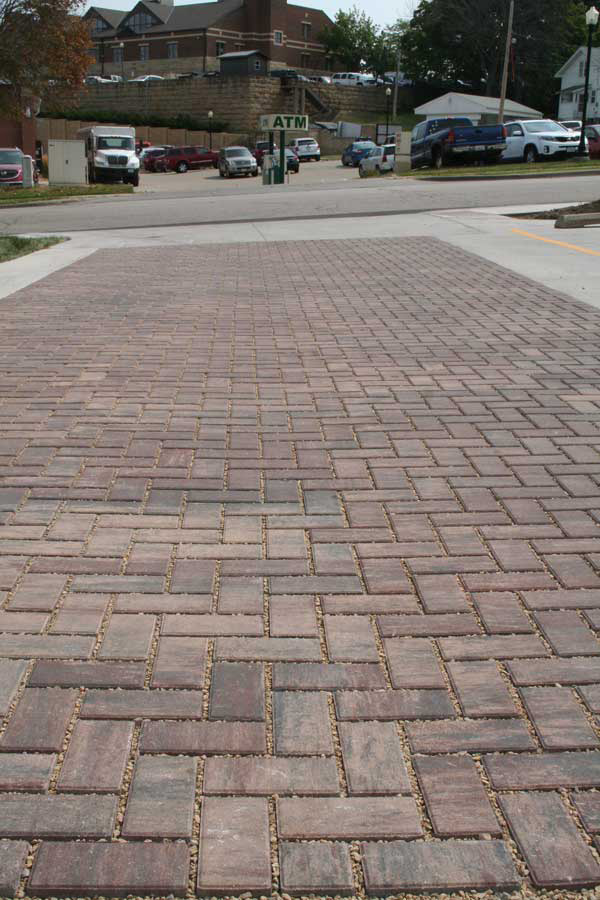 "Permeable Pavers ""Best Bang for the Buck"" in Green Alley Reconstruction"