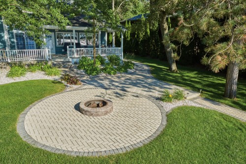 Homeowners Hand-Pick H2O® Pro Pavers for Their Strength and Reputation