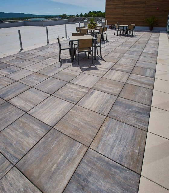 Skylands™ Concrete Deck Pavers