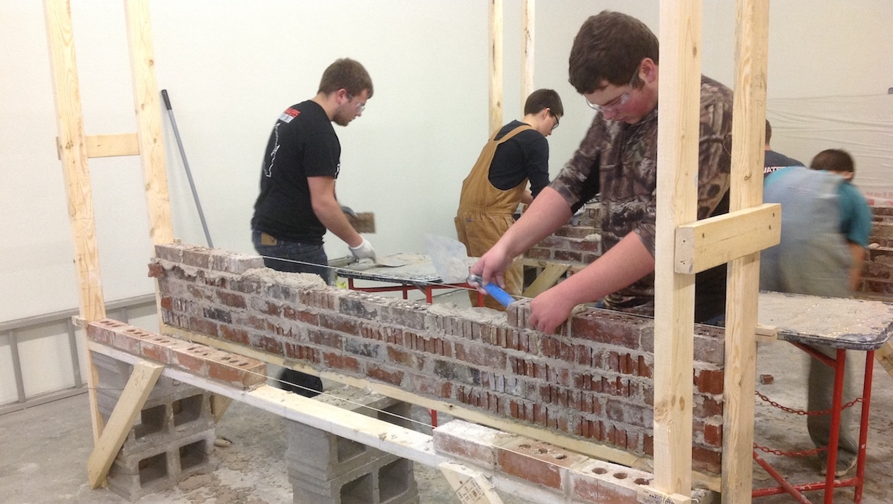 County Materials Supports Masons in the Making with Masonry Supplies Donation