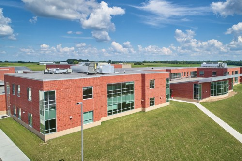 Heritage Brick Delivers Complementary Design and Function to Ambitious High School Project