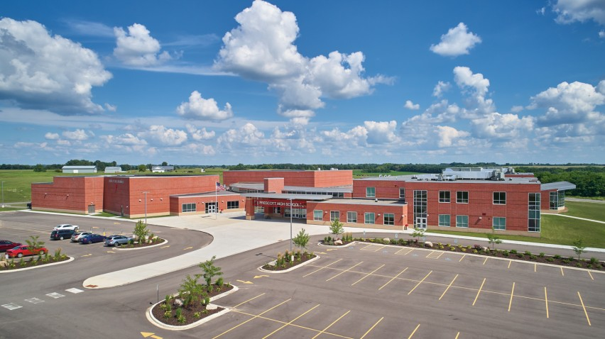 Heritage Brick Delivers Complementary Design and Function to Ambitious High School Build