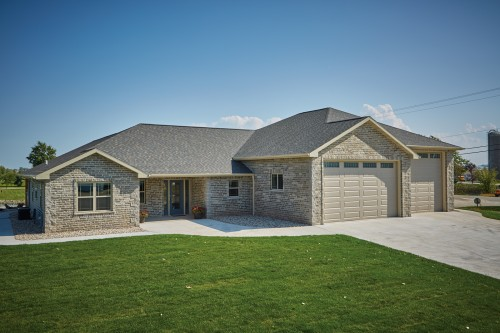 Reflection Brick® Masonry Units and Splitface CMUs Sets New Home Apart and Offers Many Benefits