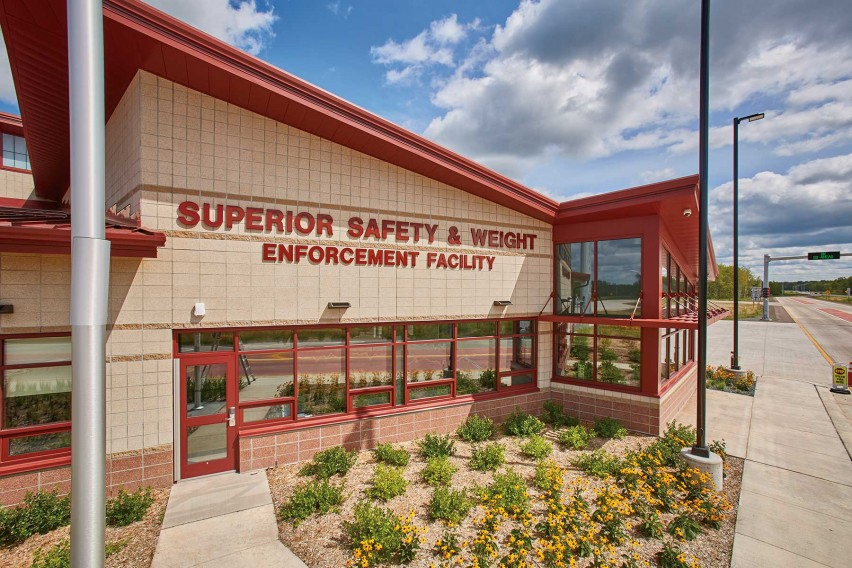 Premier Ultra® Burnish Masonry Units Meet Law Enforcement Building's Fire and Acoustic Requirements