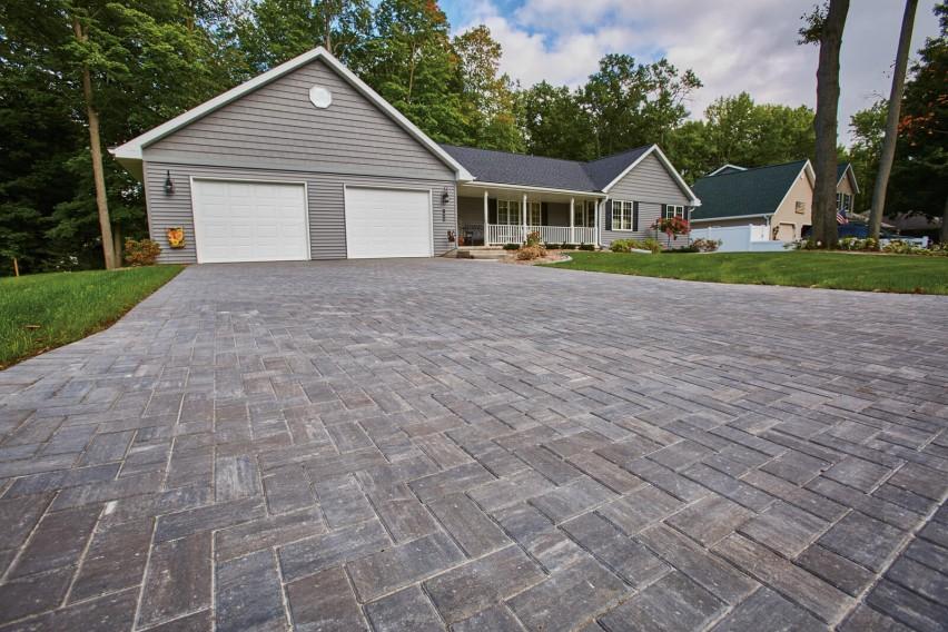 Treeland Drive Residence