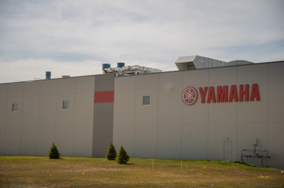 yamaha_03.jpg
